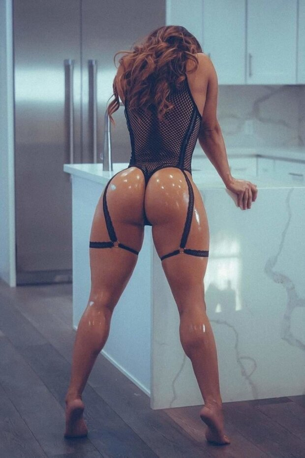Hot oiled chick