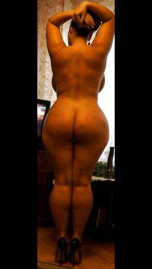 Beautiful big ass bbw