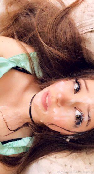 Belle Delphine – First Facial Cumshot