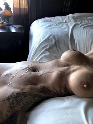 cum on her amazing tattoo body