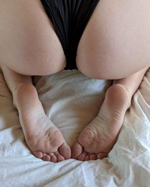 Cute ass and feet