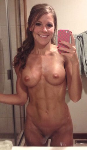 Cute Brunette MILF With Great Smile & Fit Abs