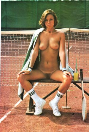 hairy pussy in tennis
