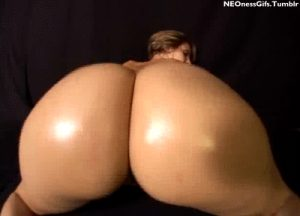 Her ass is hypnotizing… all hail the bouncy booty