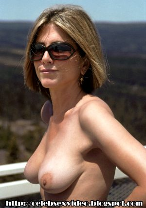Jennifer Aniston nude, topless pics and videos free at :