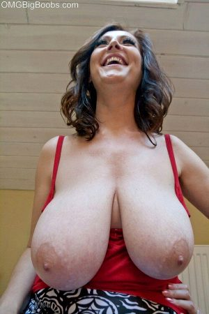 Mature Cherry of OMG Big Boobs shows her heavy hangers