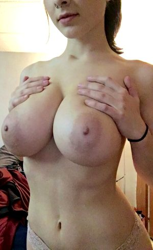 Mega tits!