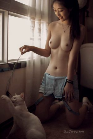 Perfect Asian boobs + pussy…
