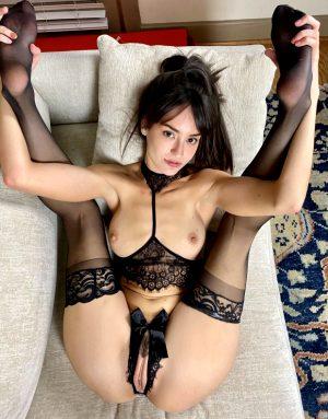 Sexy Babe Spread & Ready!