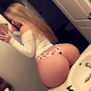 Sexy blonde with amazing ass