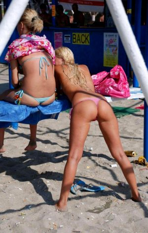 Sexy!panty pissing thong bikini wetting peeing piss pee
