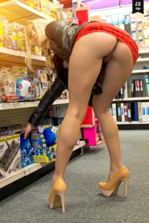 shopping for toys while flashing my pussy