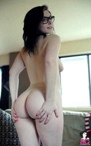 Yeah, you like that ass don't you ;3